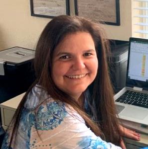 Dr. Adriana Artiles